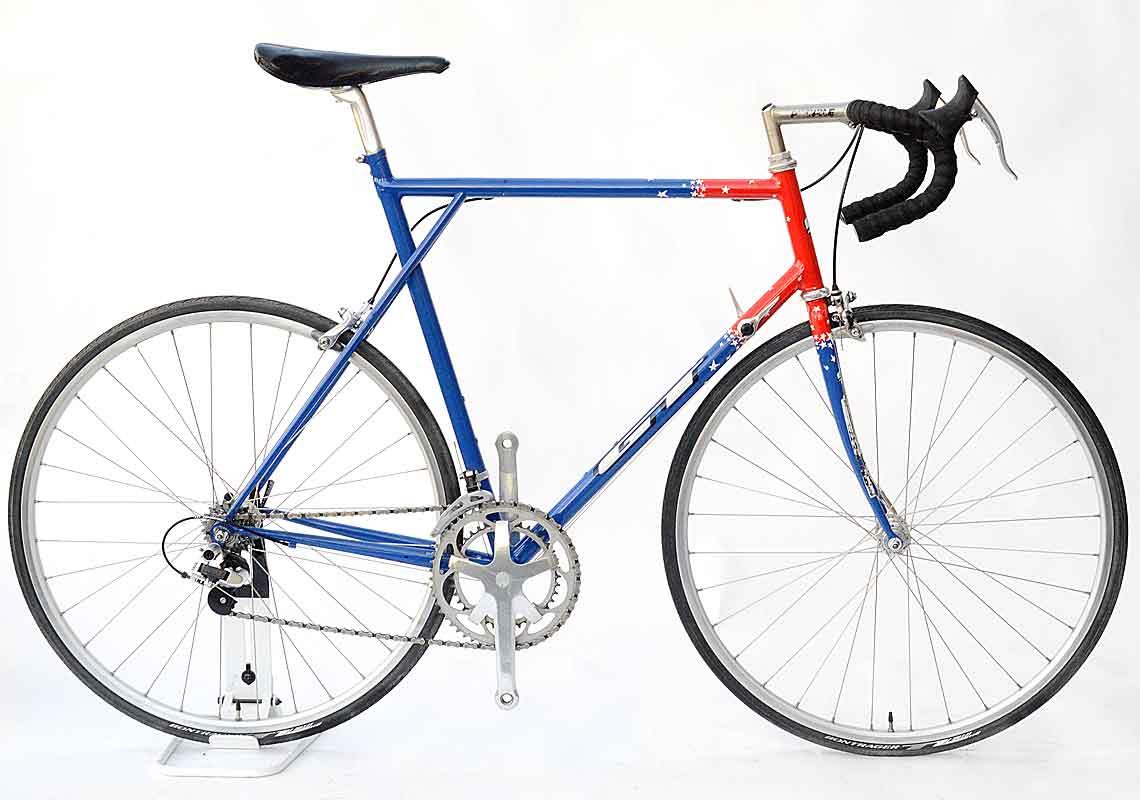 GT Team Issue Race Bike